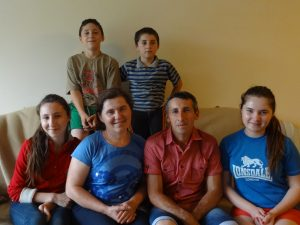 hiorescu-family-june-2016